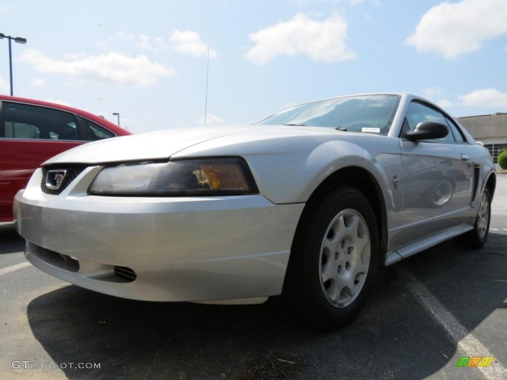 2001 Mustang V6 Coupe - Silver Metallic / Medium Graphite photo #1