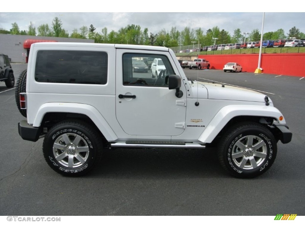 bright white 2013 jeep wrangler sahara 4x4 exterior photo 79958687. Black Bedroom Furniture Sets. Home Design Ideas