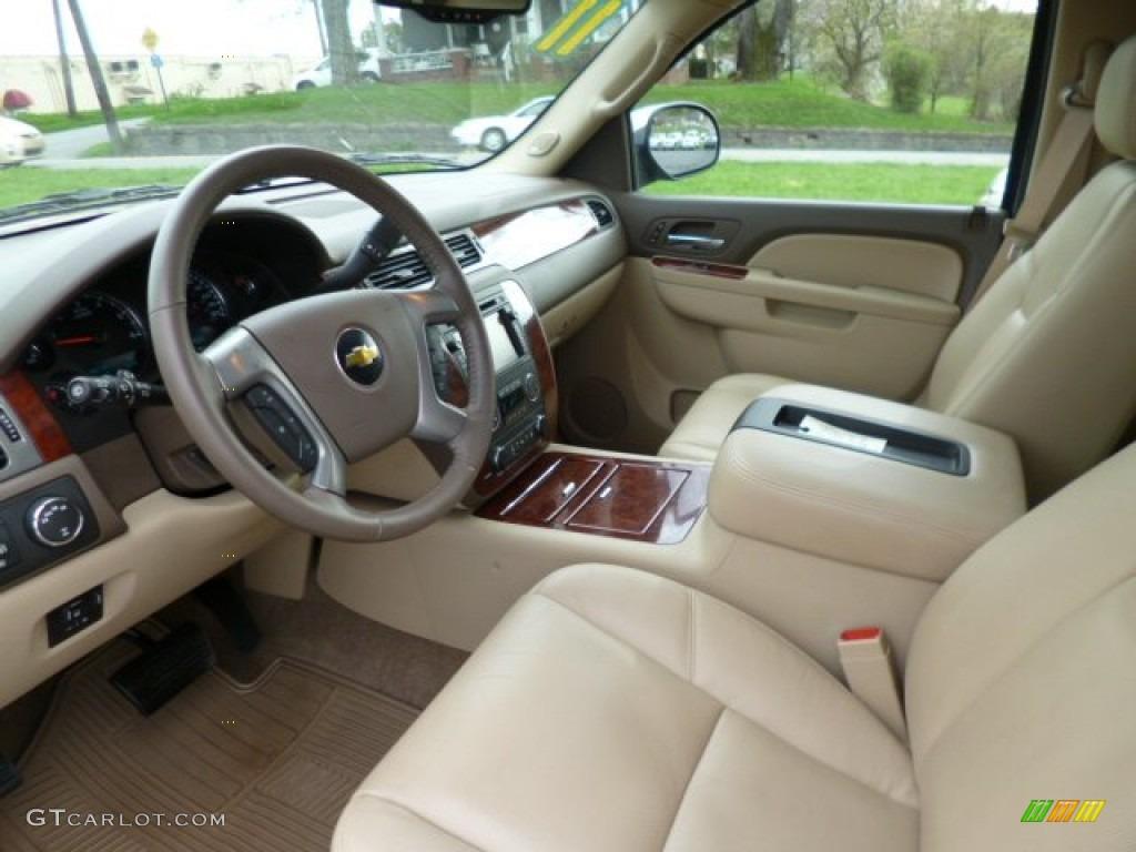 2011 Chevrolet Tahoe LTZ 4x4 interior Photos | GTCarLot.com