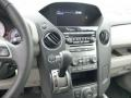 Gray Controls Photo for 2013 Honda Pilot #80010715
