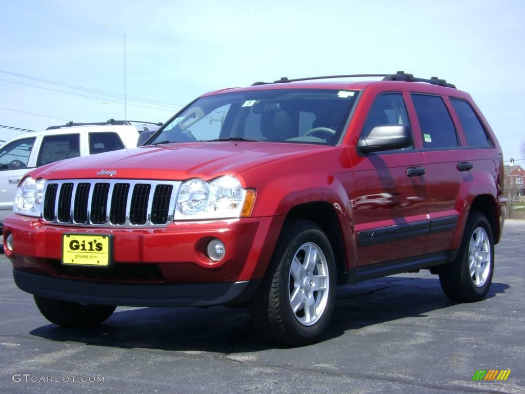 2005 inferno red crystal pearl jeep grand cherokee laredo. Black Bedroom Furniture Sets. Home Design Ideas