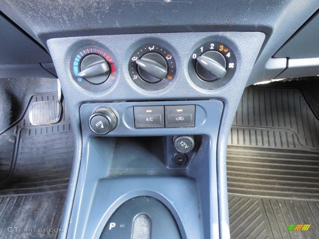 2010 Ford Transit Connect Xlt Cargo Van Controls Photo 80100172