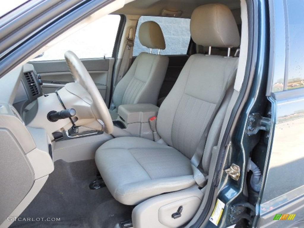 2005 Jeep Grand Cherokee Laredo 4x4 Interior Photos