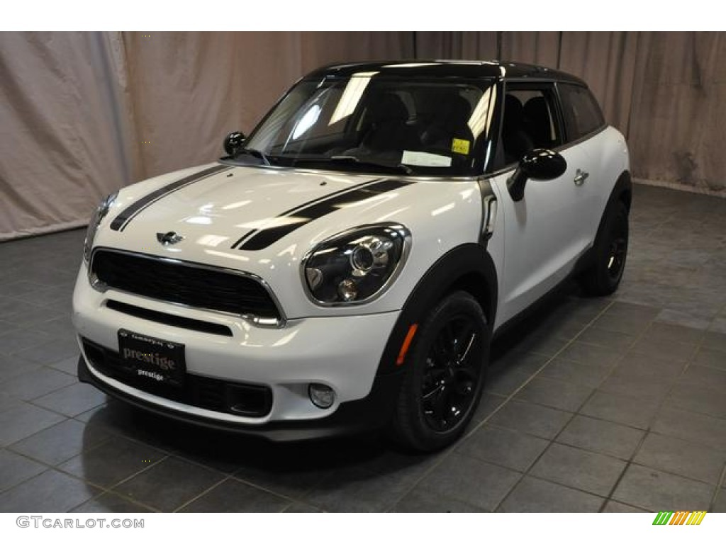 2013 light white mini cooper s paceman 80117200. Black Bedroom Furniture Sets. Home Design Ideas