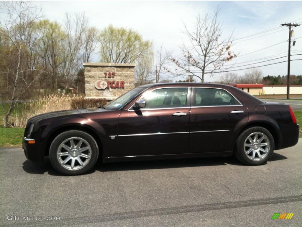 2005 Deep Lava Red Pearl Chrysler 300 C Hemi 80117545