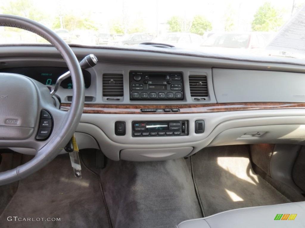 1997 Lincoln Town Car Executive Dashboard Photos