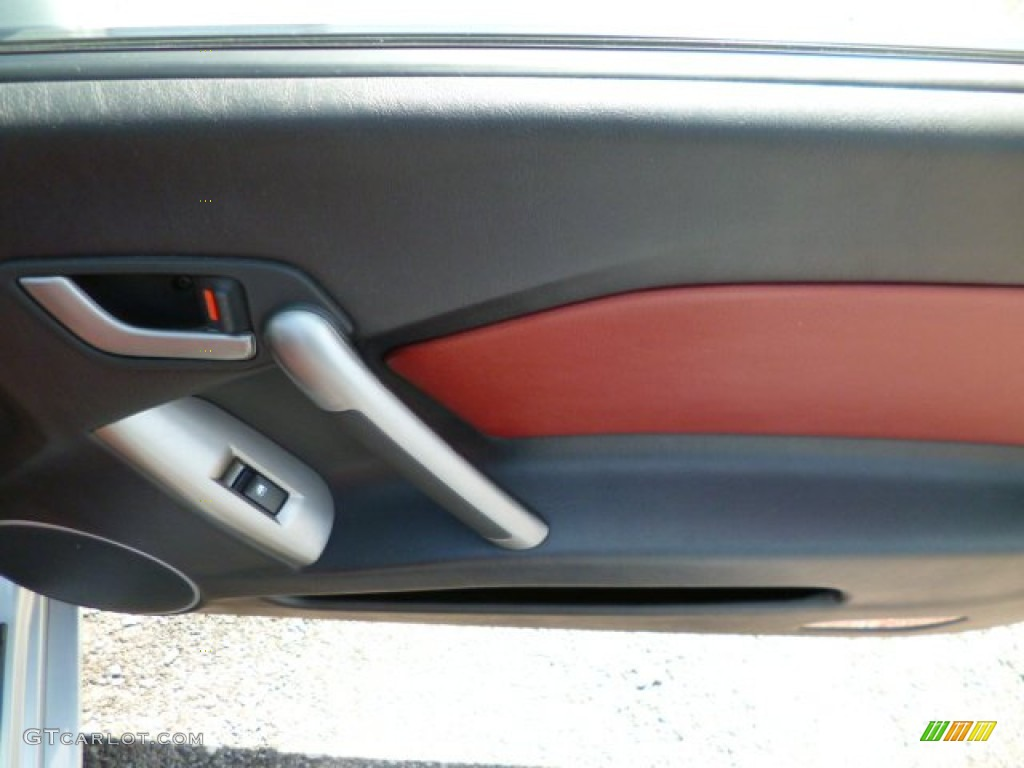 2008 Tiburon SE - Quicksilver / SE Red Leather/Black Sport Grip photo #11