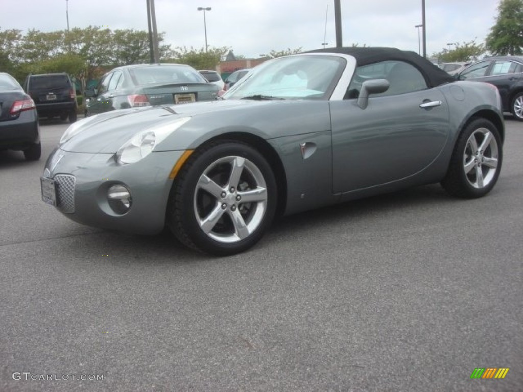 Cool Silver 2006 Pontiac Solstice Roadster Exterior Photo 80493101
