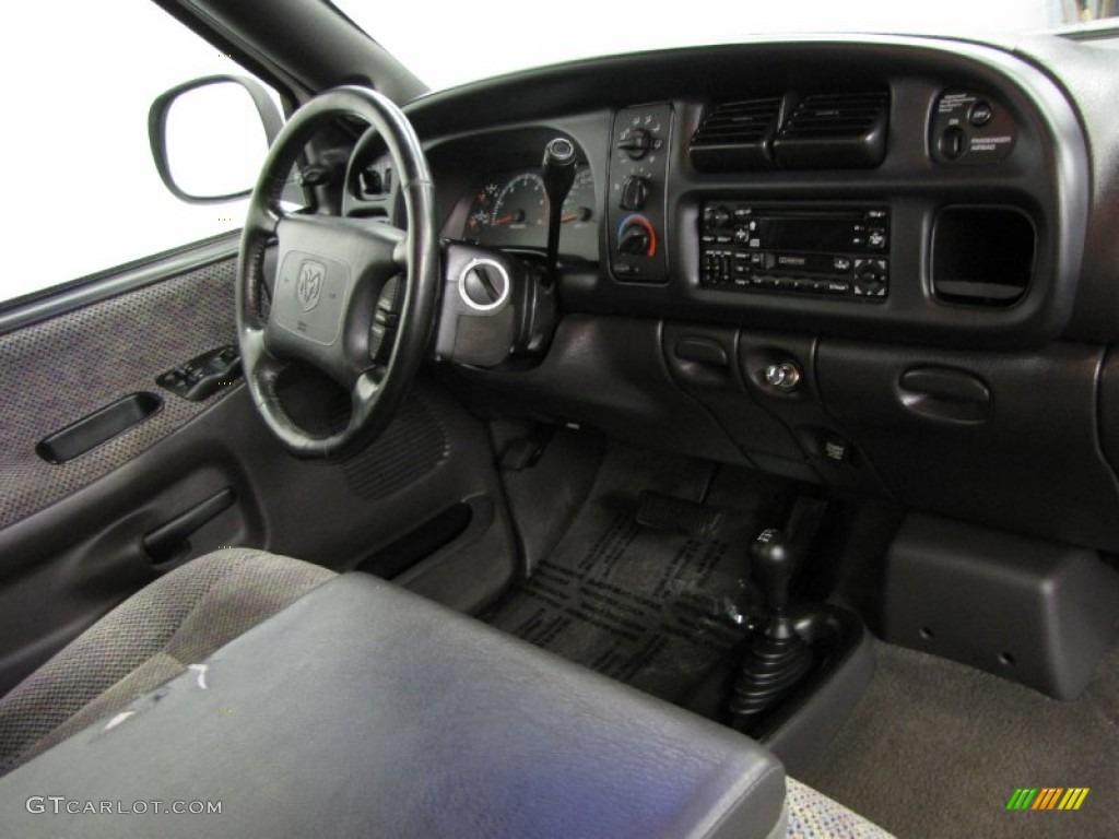 2000 Dodge Ram 1500 Sport Regular Cab 4x4 Mist Gray Dashboard Photo 80527583