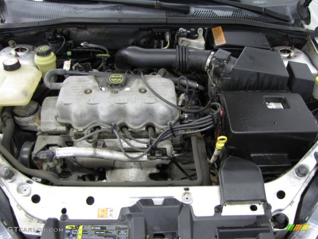 2002 ford focus lx sedan 2 0 liter dohc 16 valve zetec 4 cylinder engine photo