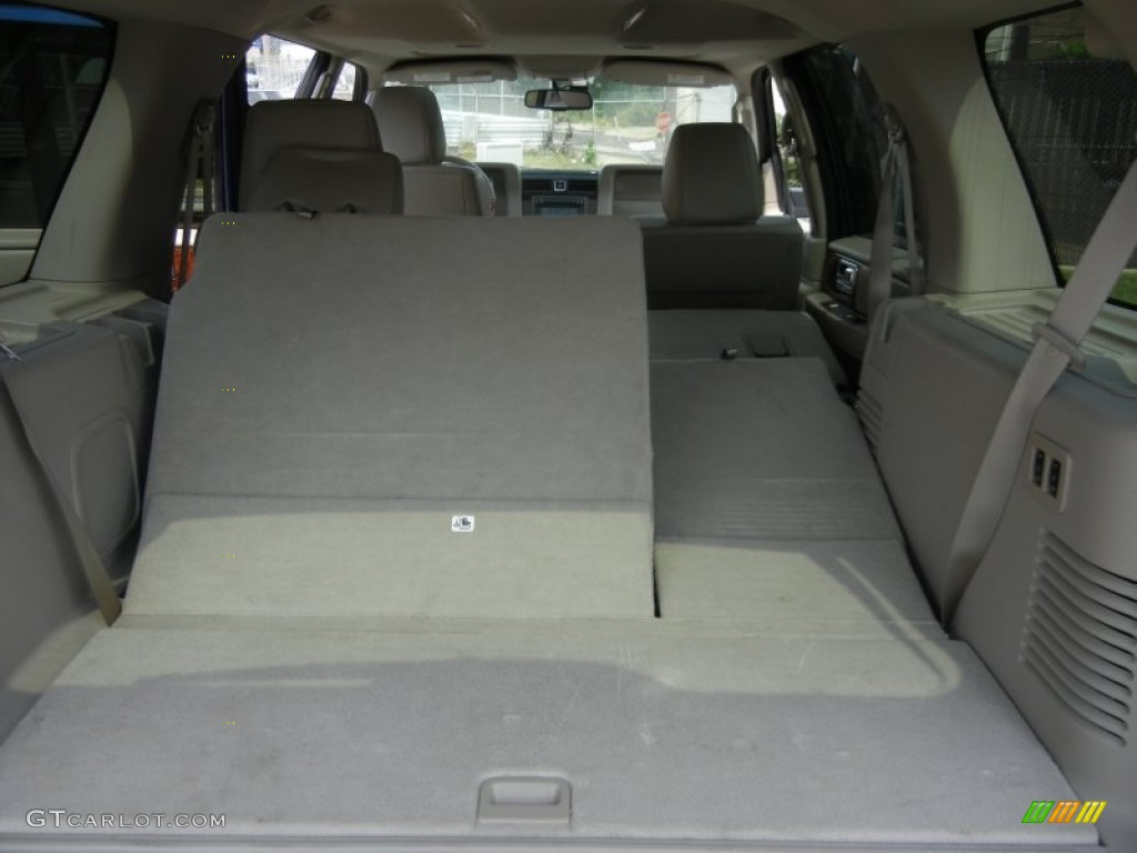 2011 dark blue pearl metallic lincoln navigator 4x4 80593477 photo 89 car. Black Bedroom Furniture Sets. Home Design Ideas