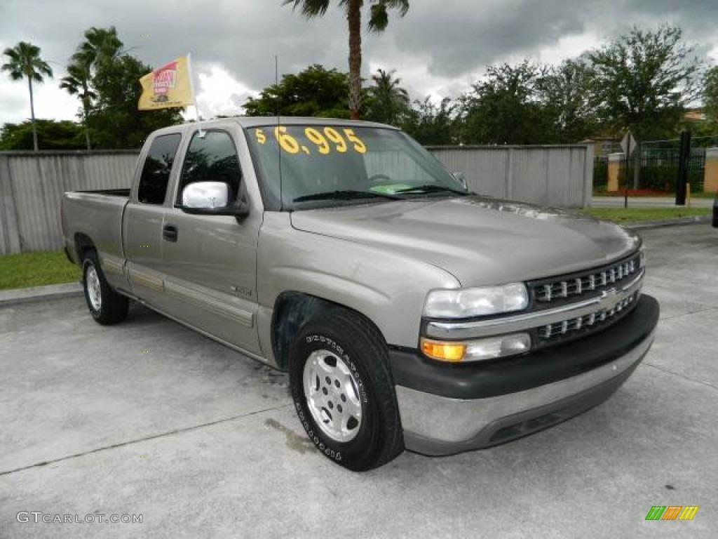 2002 Silverado 1500 LT Extended Cab - Light Pewter Metallic / Graphite Gray photo #1
