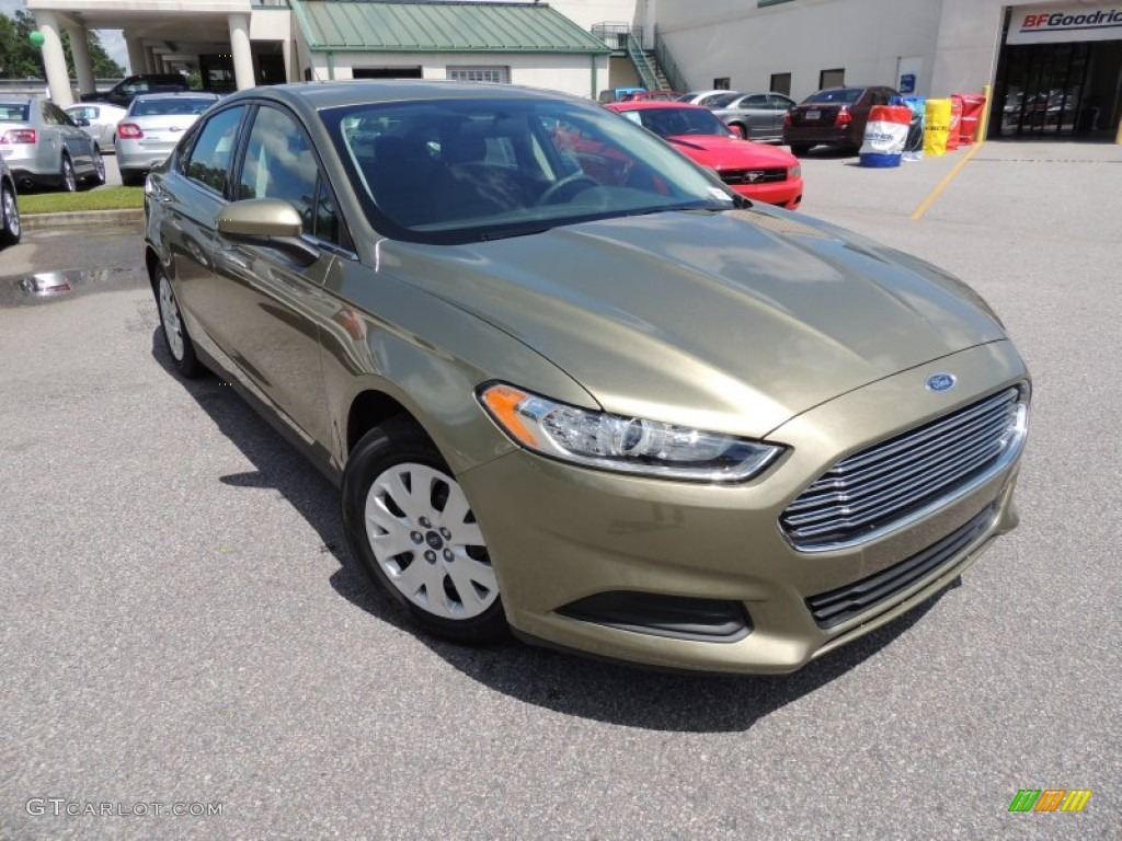 2013 Fusion S - Ginger Ale Metallic / Earth Gray photo #1