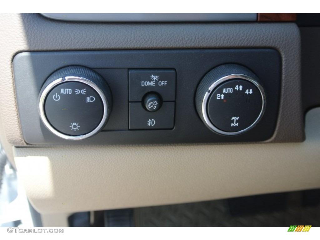 2013 Chevrolet Silverado 1500 LTZ Crew Cab 4x4 Controls Photo #80771158