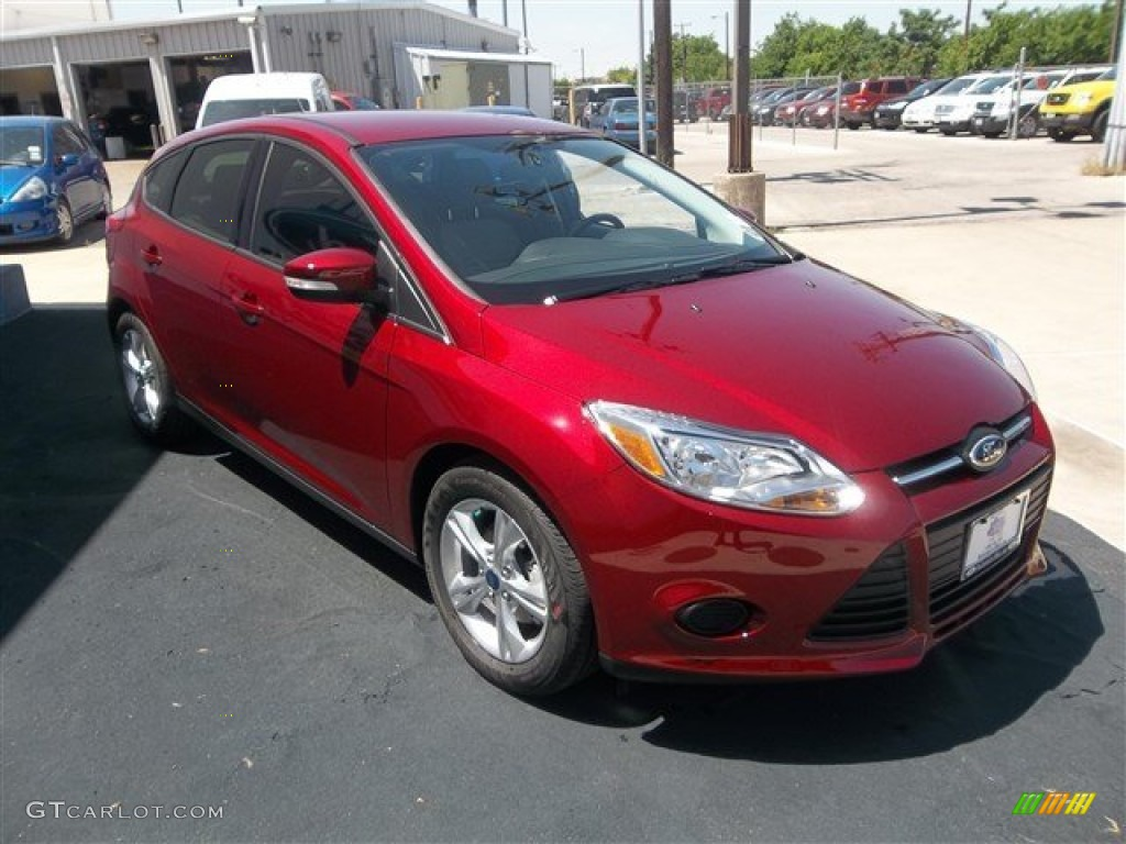 ruby red 2013 ford focus se hatchback exterior photo 80847184. Black Bedroom Furniture Sets. Home Design Ideas