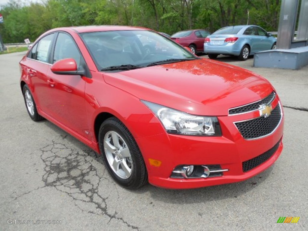 Victory Red 2013 Chevrolet Cruze Lt Rs Exterior Photo 80918891