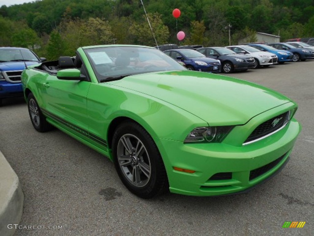 gotta have it green 2013 ford mustang v6 premium convertible exterior photo 80921154. Black Bedroom Furniture Sets. Home Design Ideas