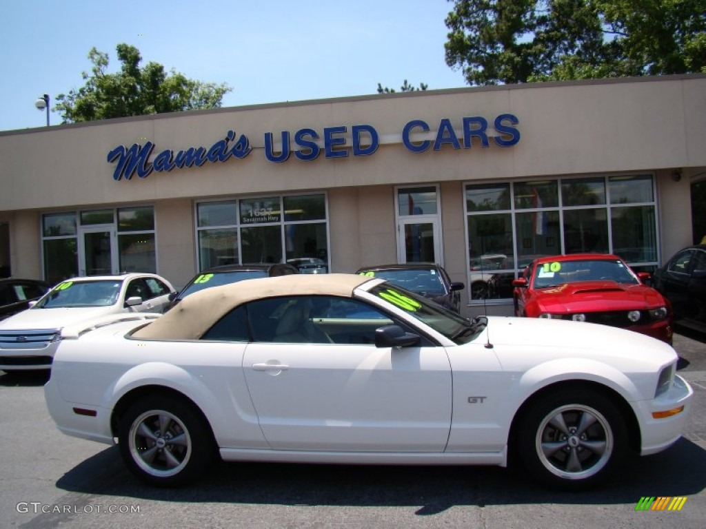 2006 Mustang GT Premium Convertible - Performance White / Light Parchment photo #1