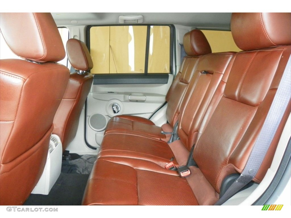 Saddle Brown Interior 2006 Jeep Commander Limited 4x4 Photo 80949347