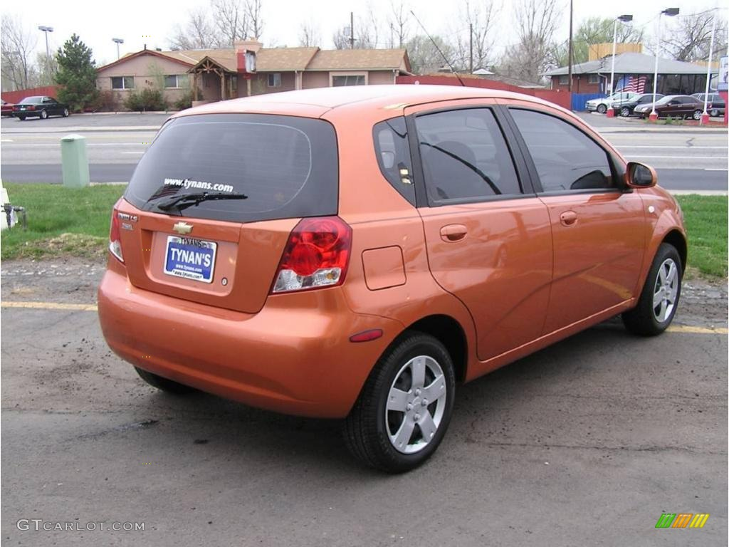 2007 Chevrolet Aveo 5 LS Hatchback Spicy Orange / Charcoal Black ...