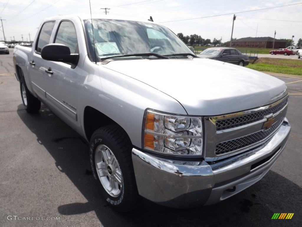 2013 Silverado 1500 LT Crew Cab 4x4 - Silver Ice Metallic / Light Titanium/Dark Titanium photo #3