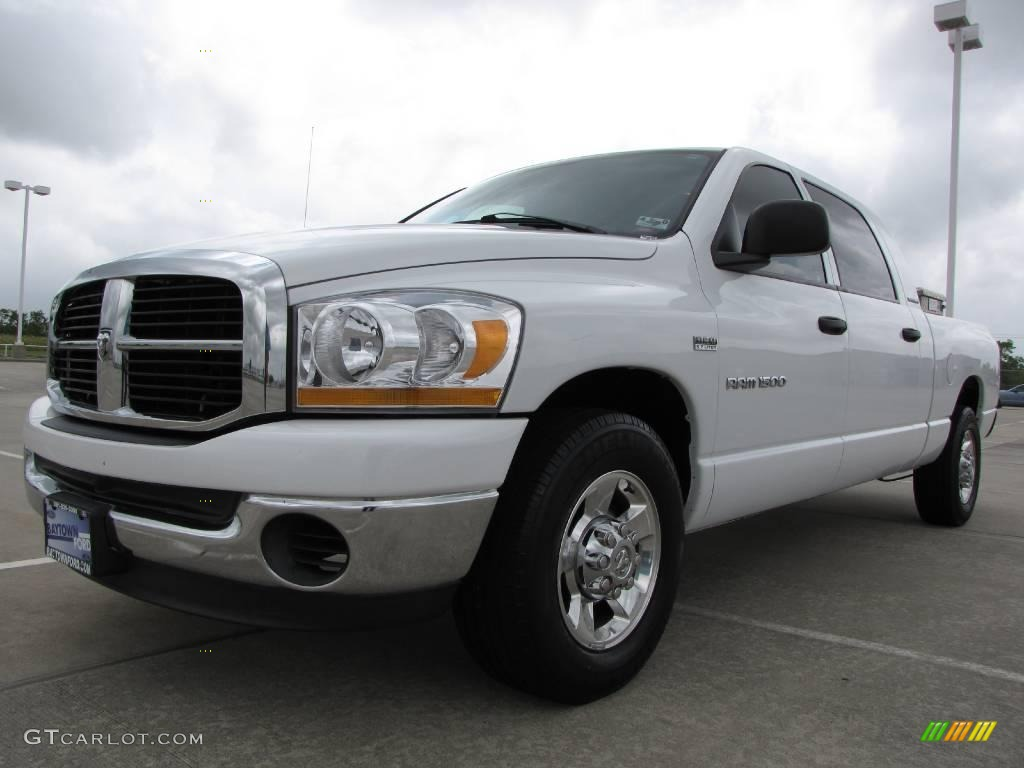 2006 Ram 1500 SLT Mega Cab - Bright White / Medium Slate Gray photo #1