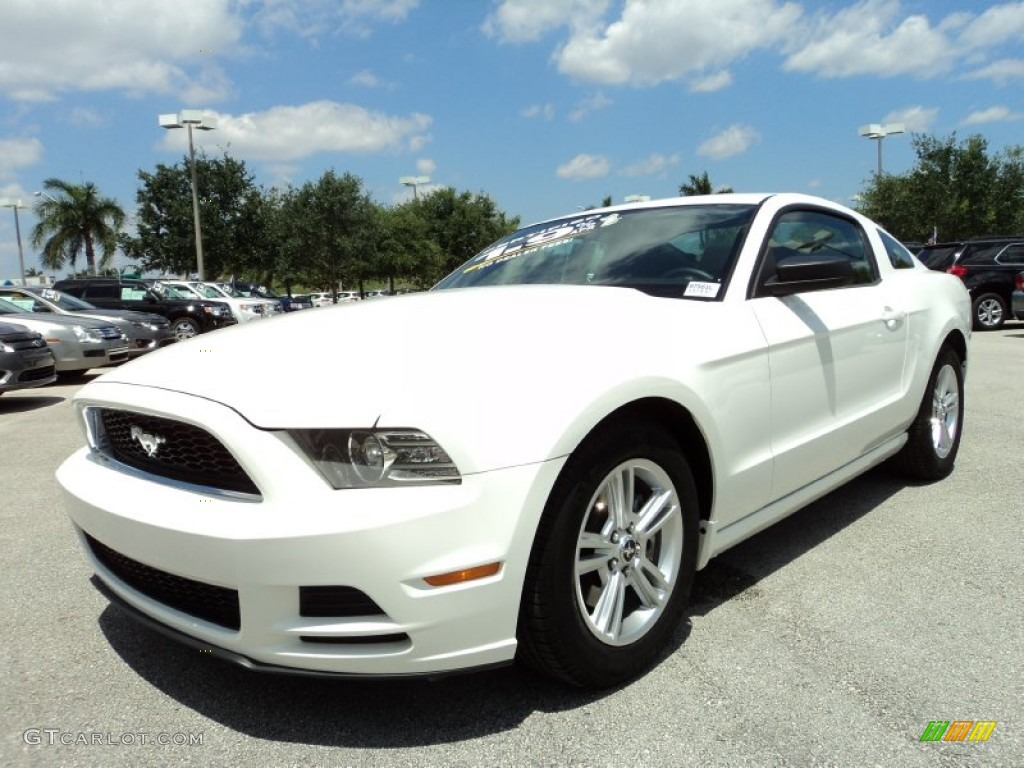 performance white 2013 ford mustang v6 coupe exterior photo 81108001. Black Bedroom Furniture Sets. Home Design Ideas