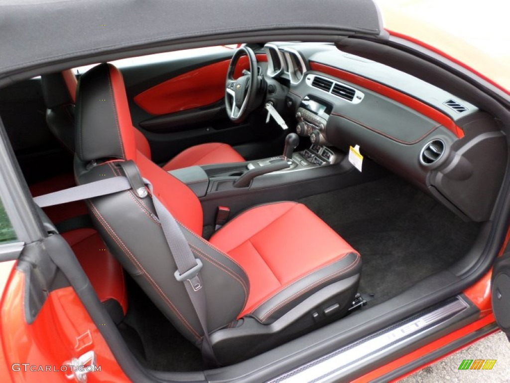 Interior on 2000 chevrolet camaro coupe
