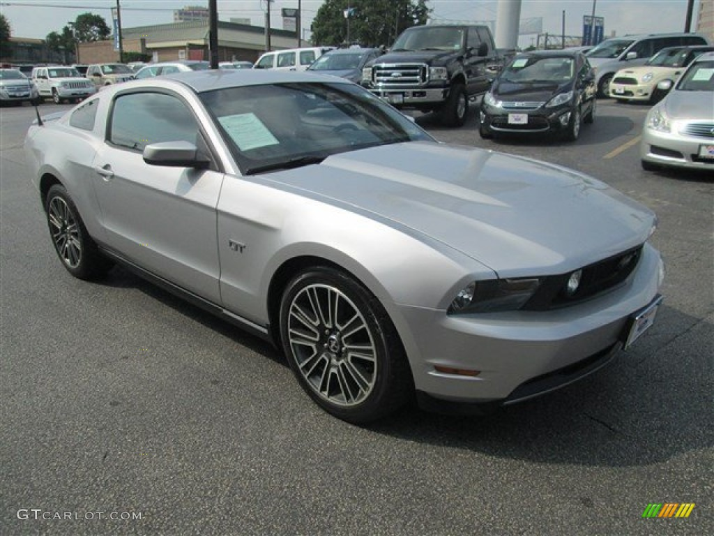 2010 Brilliant Silver Metallic Ford Mustang Gt Premium Coupe 81287880