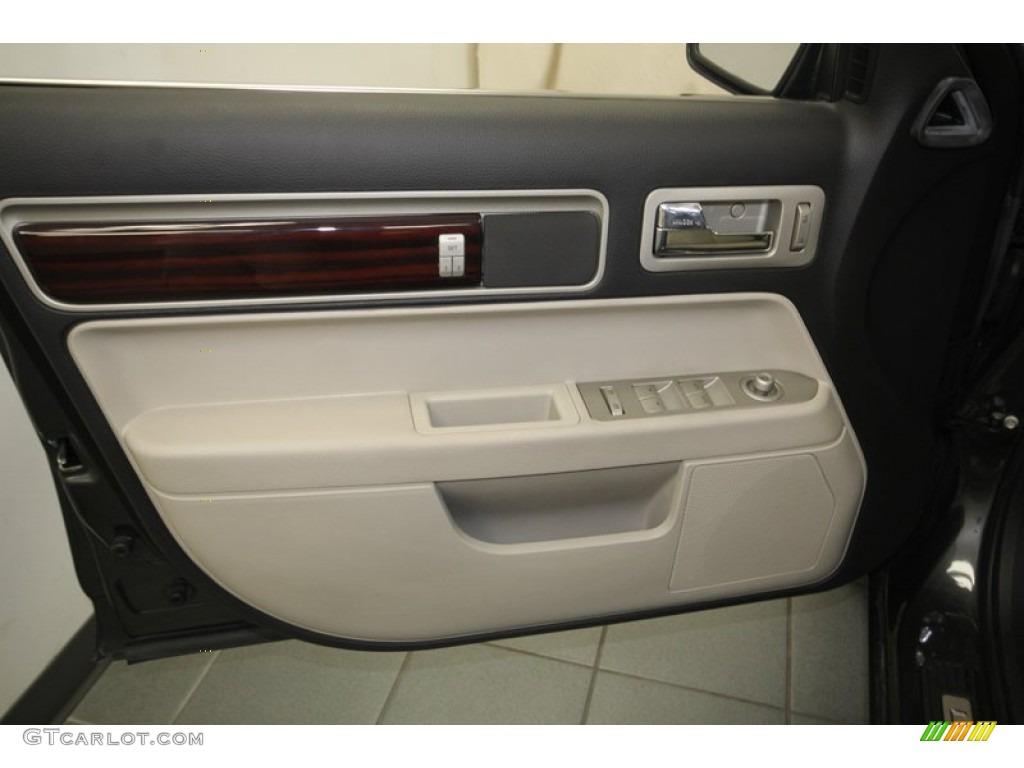 Service Manual Remove Rear Door Trim 2007 Lincoln Mkz Lincoln Mkx Chrome Tailgate Accent
