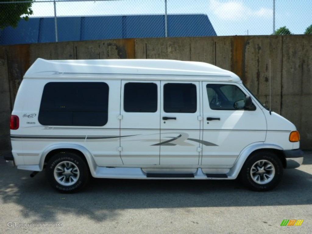 bright white 2000 dodge ram van 1500 passenger conversion exterior photo 81395222. Black Bedroom Furniture Sets. Home Design Ideas