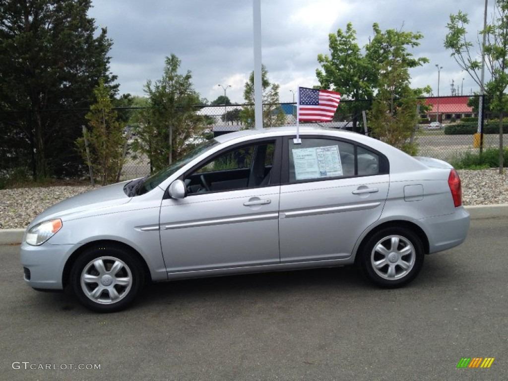 Platinum Silver 2006 Hyundai Accent Gls Sedan Exterior