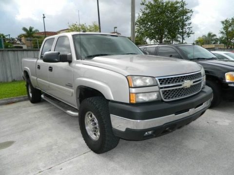 2005 chevrolet silverado 2500hd lt crew cab 4x4 data info and specs. Black Bedroom Furniture Sets. Home Design Ideas