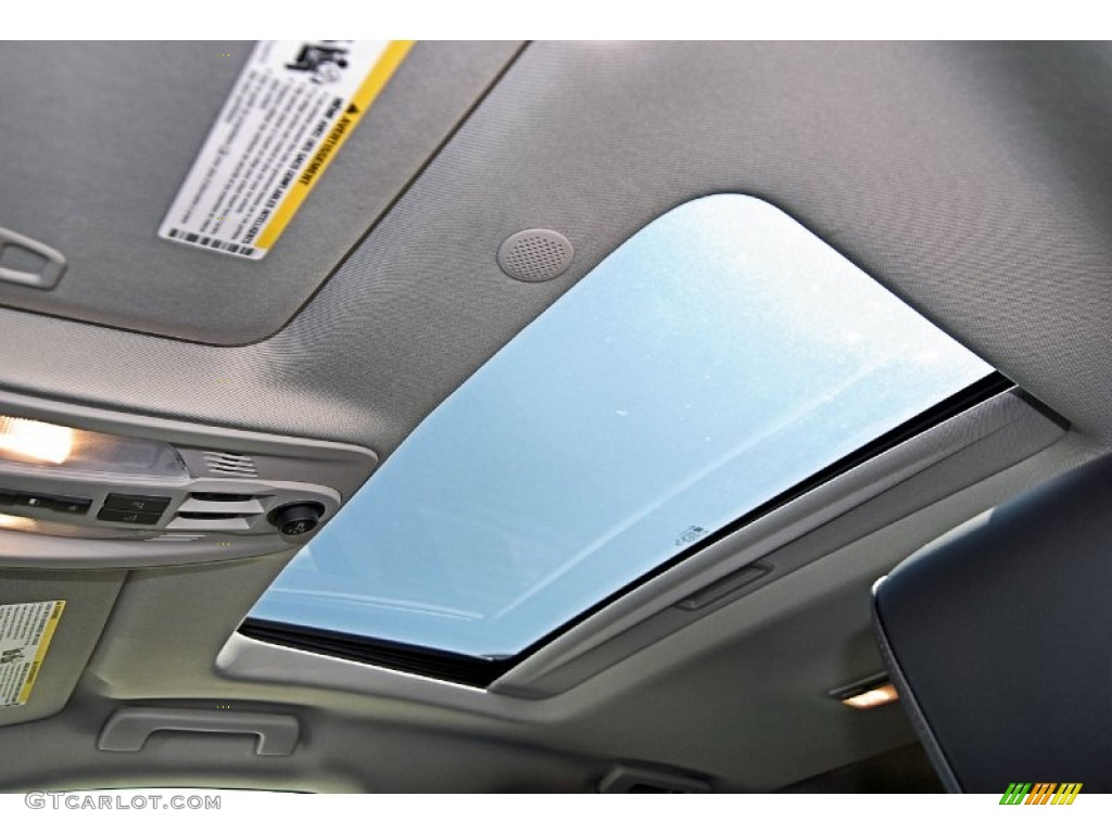 2013 Chevrolet Equinox LTZ AWD Sunroof Photos | GTCarLot.com