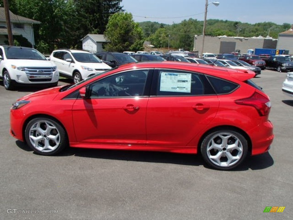 race red 2013 ford focus st hatchback exterior photo 81613831. Black Bedroom Furniture Sets. Home Design Ideas