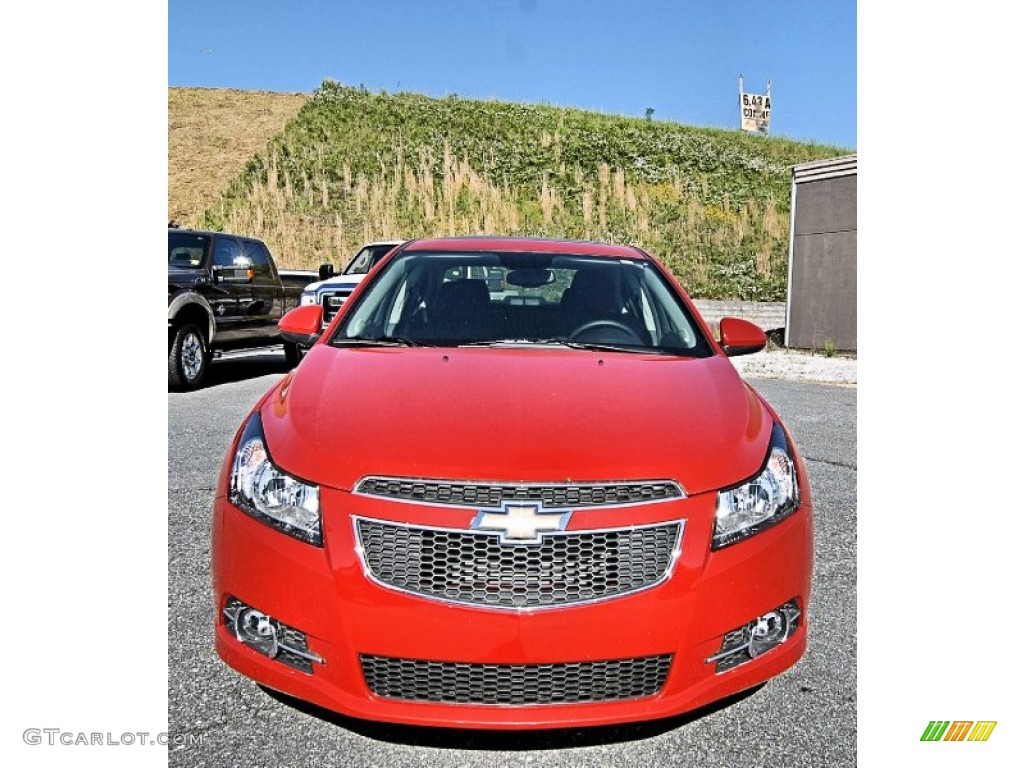 Victory Red 2013 Chevrolet Cruze Lt Rs Exterior Photo 81620049