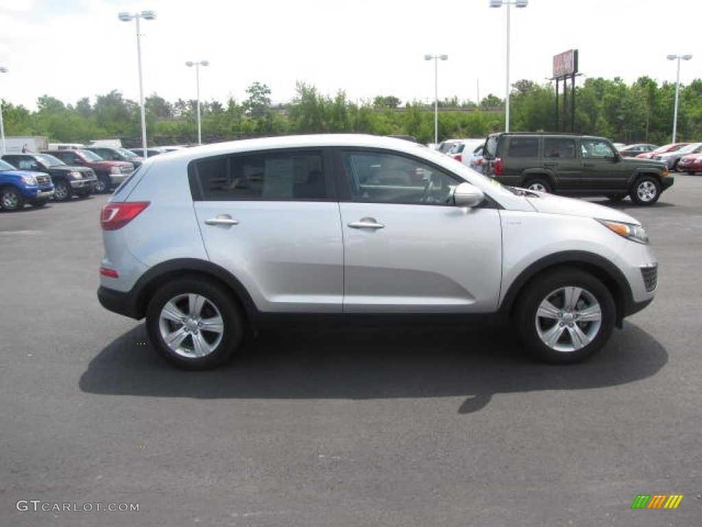 bright silver 2013 kia sportage lx awd exterior photo 81696067. Black Bedroom Furniture Sets. Home Design Ideas
