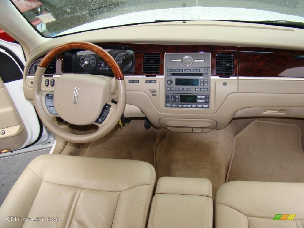 2011 lincoln town car signature limited dashboard photos. Black Bedroom Furniture Sets. Home Design Ideas