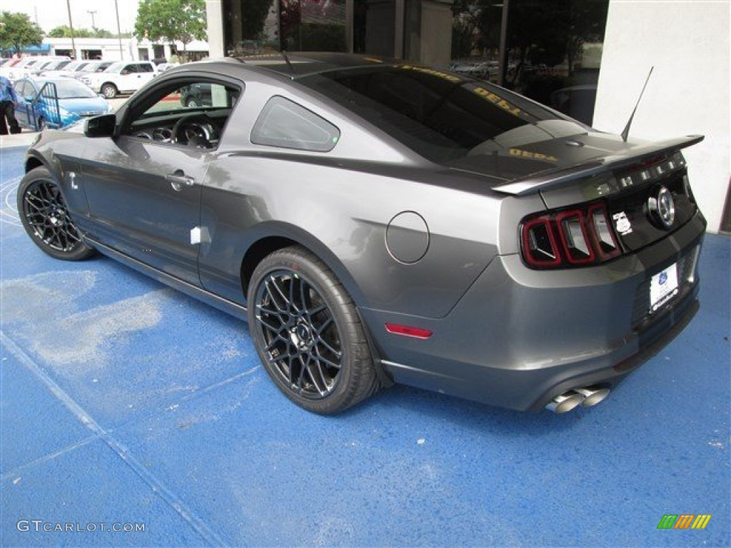 Image Gallery 2014 Gray Mustang