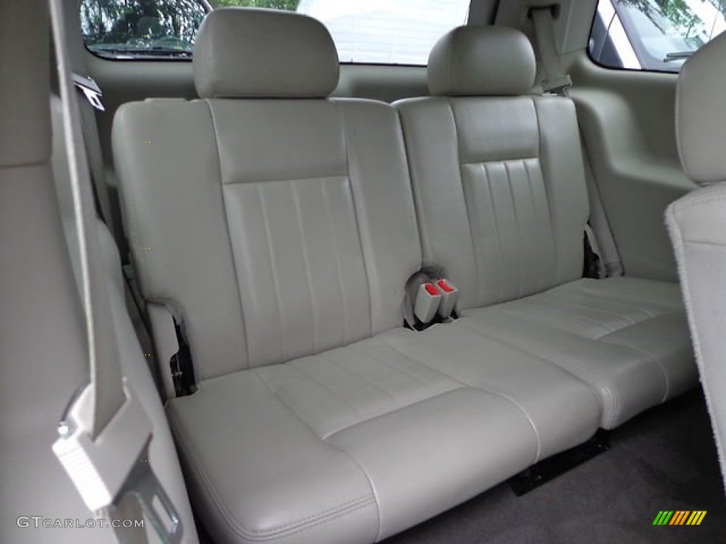 2005 dodge durango limited 4x4 rear seat photo 82086725. Black Bedroom Furniture Sets. Home Design Ideas