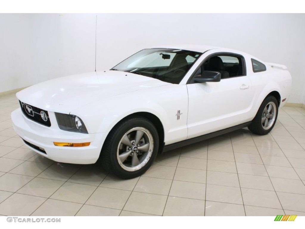 2006 Mustang V6 Premium Coupe - Performance White / Dark Charcoal photo #3