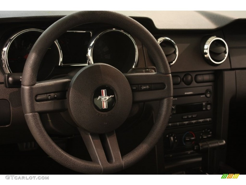 2006 Mustang V6 Premium Coupe - Performance White / Dark Charcoal photo #6