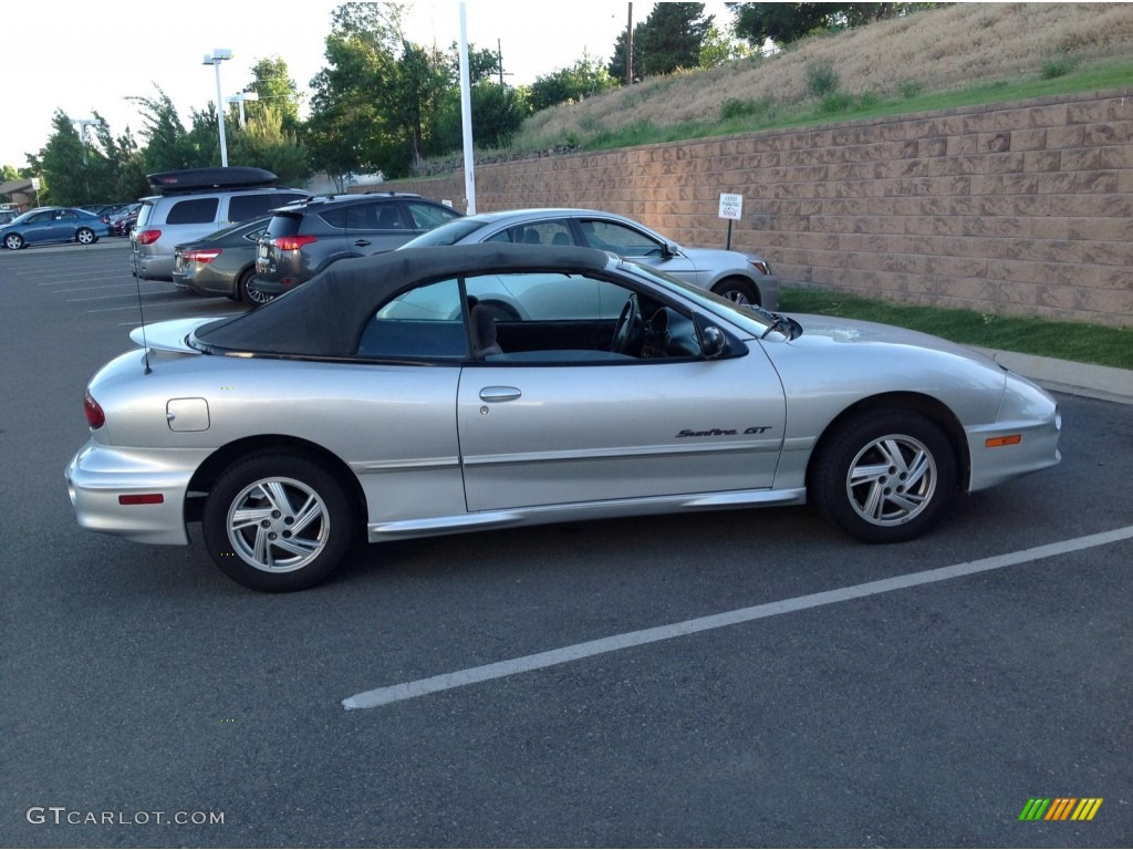 ultra silver metallic 2000 pontiac sunfire gt convertible. Black Bedroom Furniture Sets. Home Design Ideas