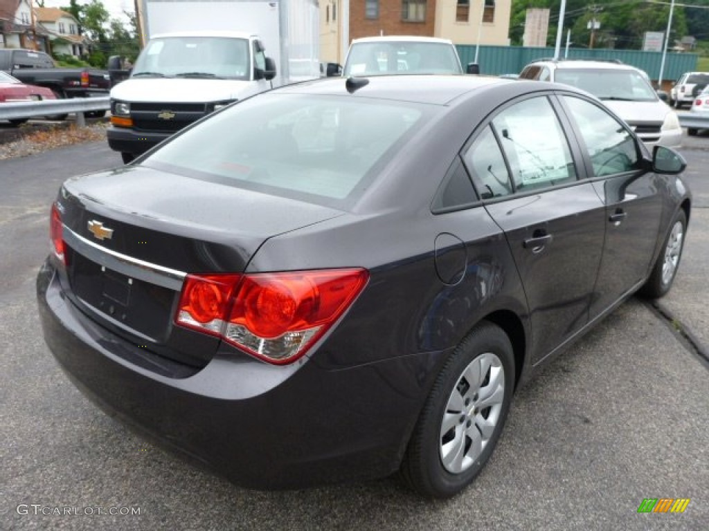 Tungsten Metallic 2014 Chevrolet Cruze Ls Exterior Photo 82316057