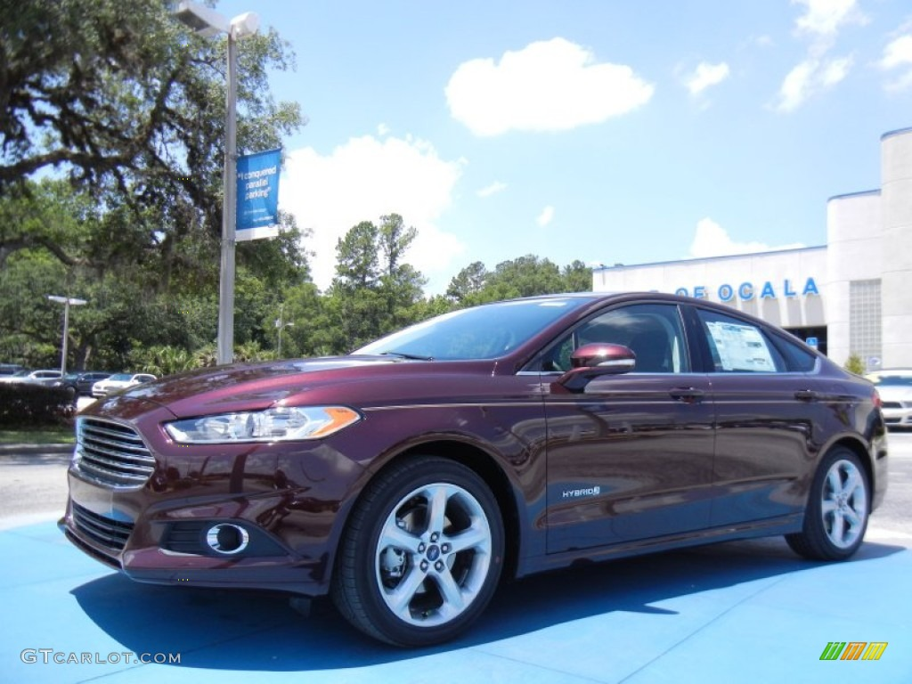 2013 Fusion Hybrid SE - Bordeaux Reserve Red Metallic / Charcoal Black photo #1