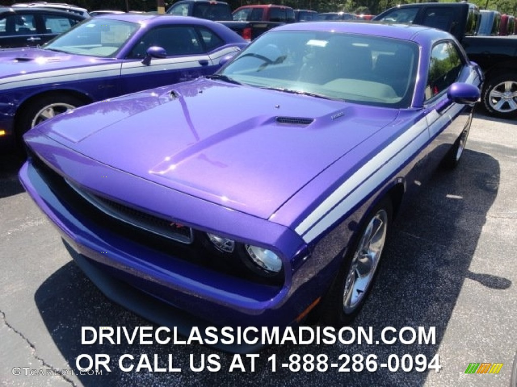 2013 Challenger R/T Plus - Plum Crazy Pearl / Dark Slate Gray photo #1