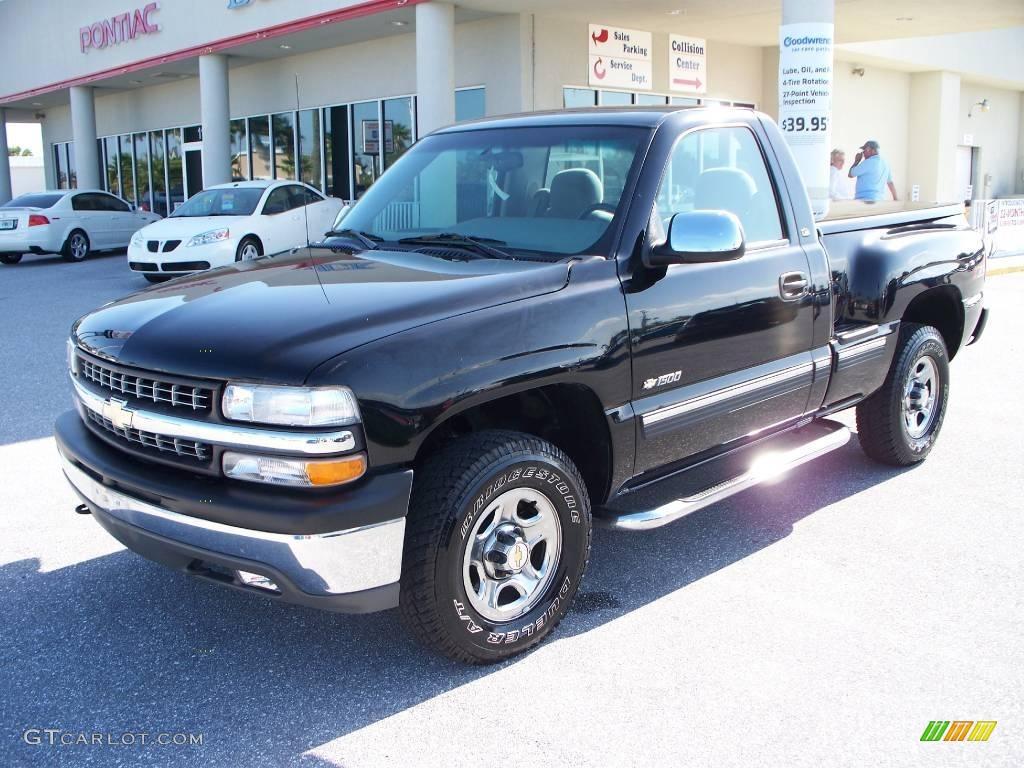 2000 Silverado 1500 LS Regular Cab 4x4 - Onyx Black / Graphite photo #1