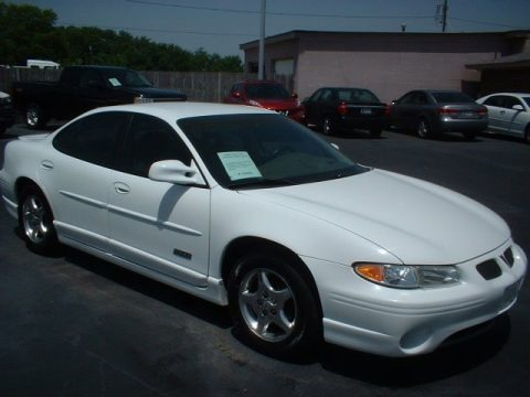 1998 pontiac grand prix gtp sedan data info and specs. Black Bedroom Furniture Sets. Home Design Ideas