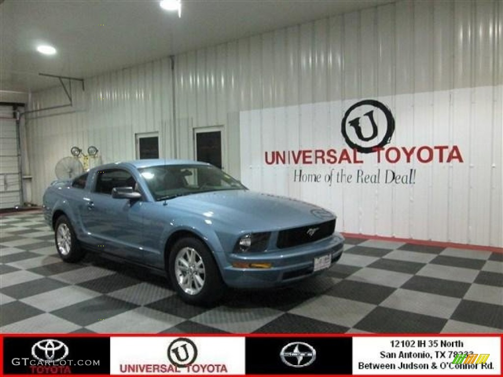 2007 Mustang V6 Deluxe Coupe - Windveil Blue Metallic / Dark Charcoal photo #1