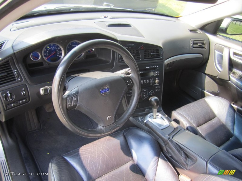 R nordkap black blue interior 2004 volvo v70 r awd photo 82648444